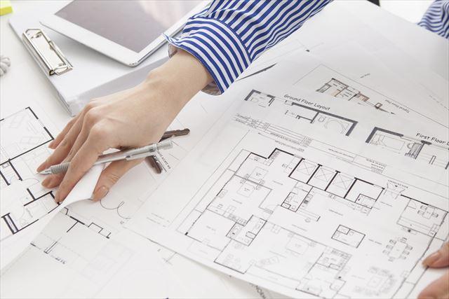CADと手書きはどちらが良い?それぞれの特徴を比較!